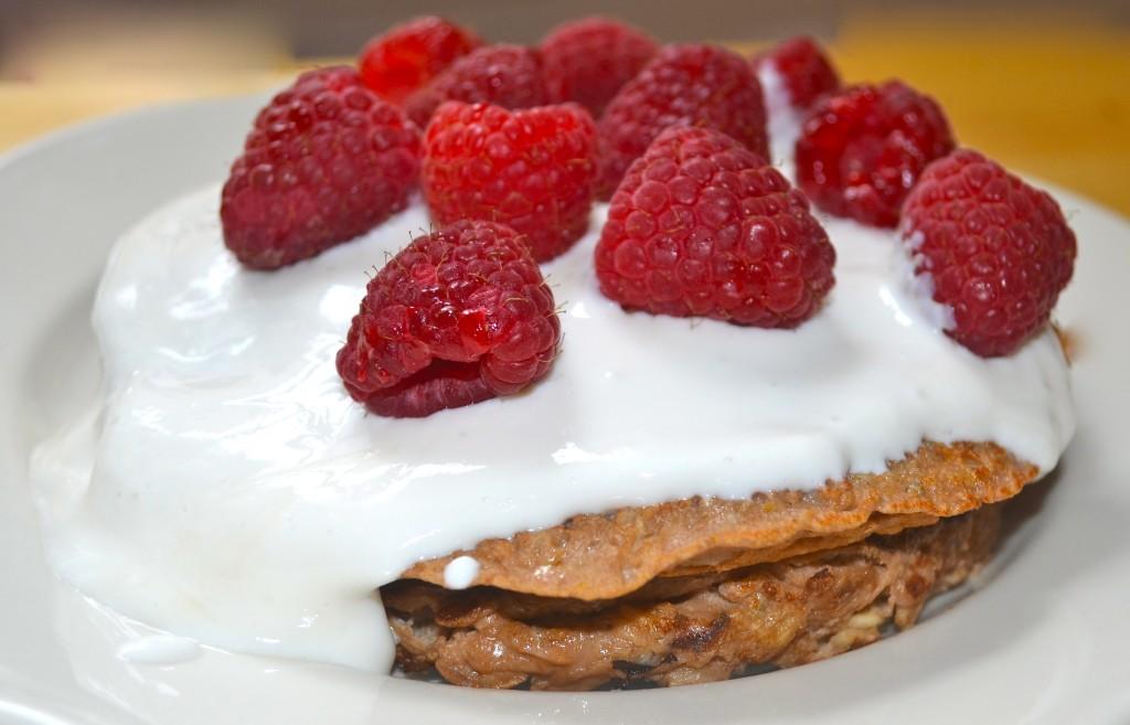 Protein Pancakes. A Skinny Minnie Moves original for VERIA.com